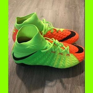 Nike Hypervenom Phantom 3 FG Soccer Cleats